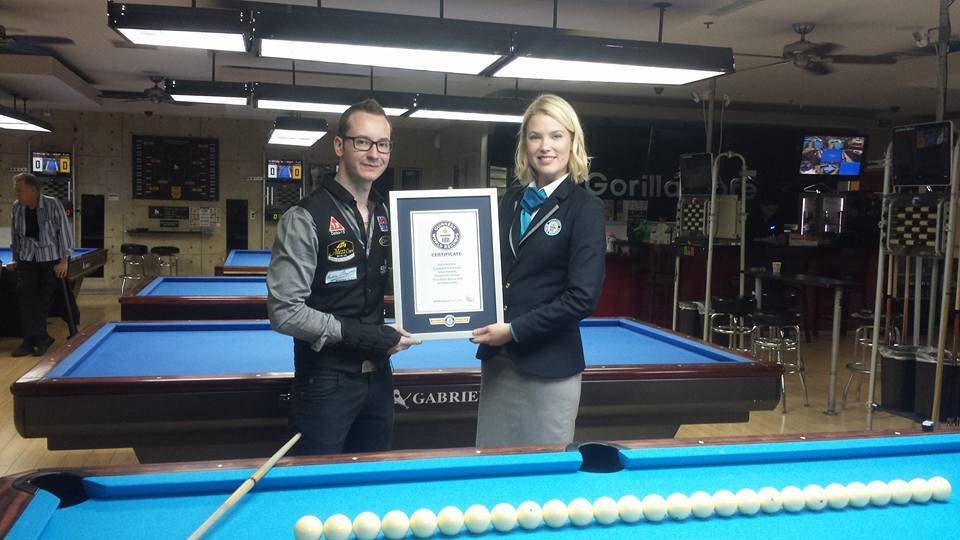 "Florian ""Venom"" Kohler and a Guinness World Record adjudicator at Gorilla Cafe on East Tropicana on Monday, March 13, 2017, in Las Vegas. (Courtesy)"