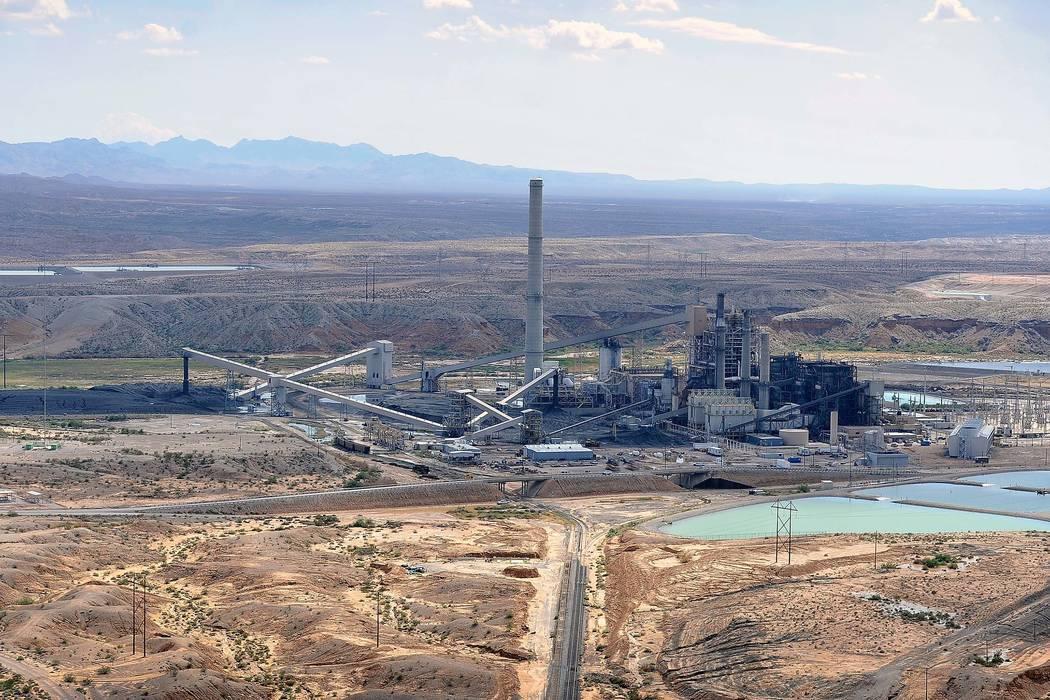 An aerial view of the Reid Gardner Generating Station, a 557-megawatt coal-fired plant, in Moapa, Sept. 9, 2014. (David Becker/Las Vegas Review-Journal)