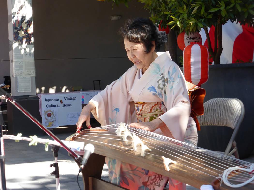 A koto player at the 2016 Kizuna Spring Festival. (Don Carroll -special to View)