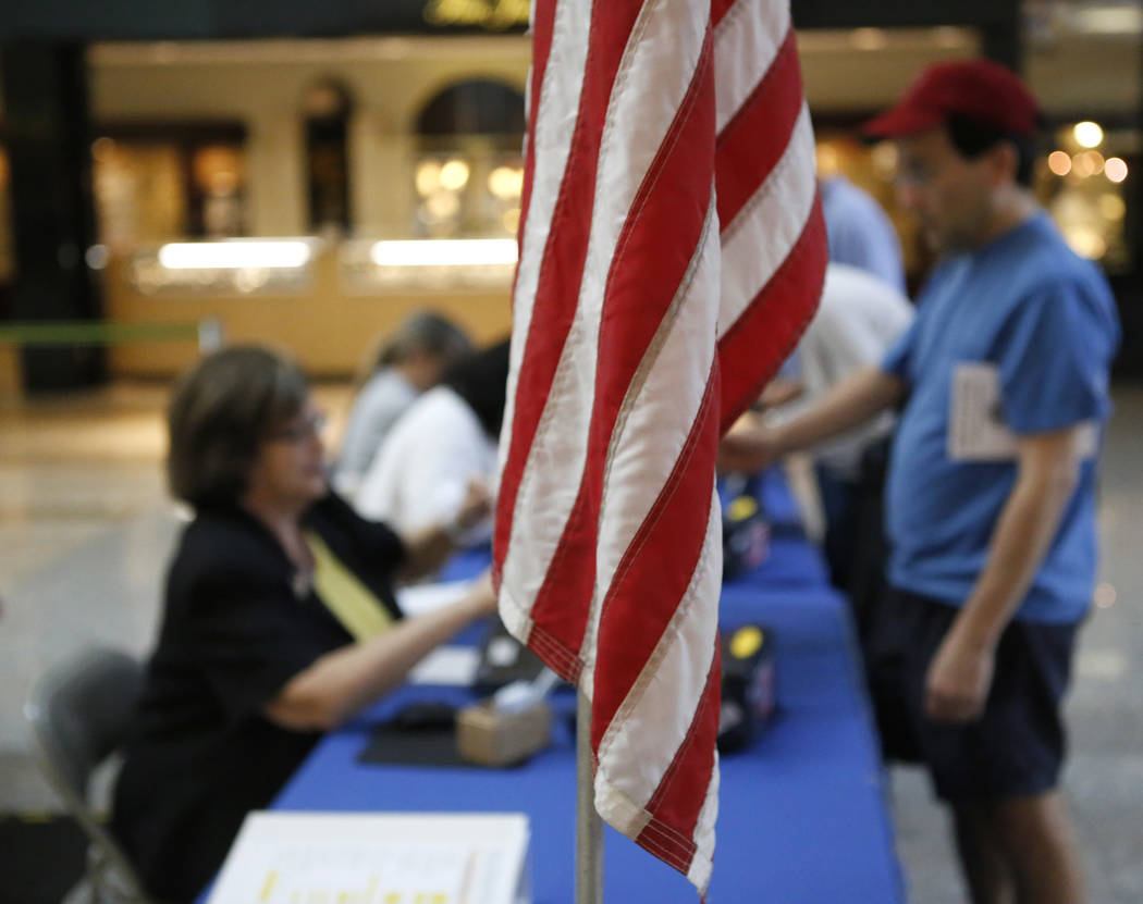 Henderson Residents before early election day voting for the Clark County municipal election at the Galleria at Sunset mall on Saturday, March 18, 2017, in Las Vegas. (Christian K. Lee/Las Vegas R ...