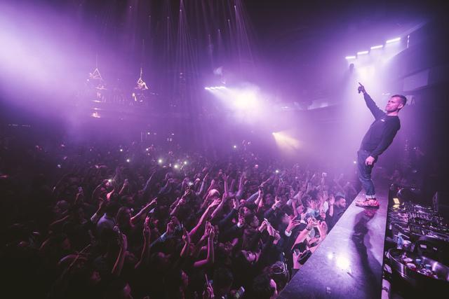 DJ Kaskade kicks off his new residency at Omnia at Caesars Palace on Friday, Dec. 30, 2016, in Las Vegas. (Aaron Garcia/Hakkasan Group)