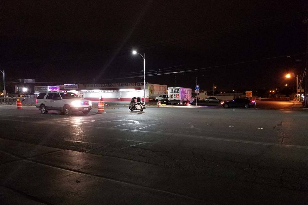 Suspects in a shooting rolled over their vehicle on North Las Vegas Boulevard south of Pecos. (Mike Shoro/Las Vegas Review-Journal)