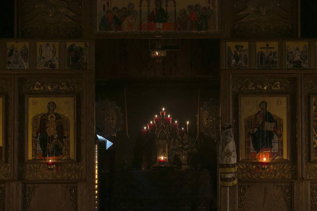 Candles burn during a service at All Saints Russian Orthodox Church on Wednesday, March 22, 2017, in Las Vegas. (Bridget Bennett/Las Vegas Review-Journal) @bridgetkbennett