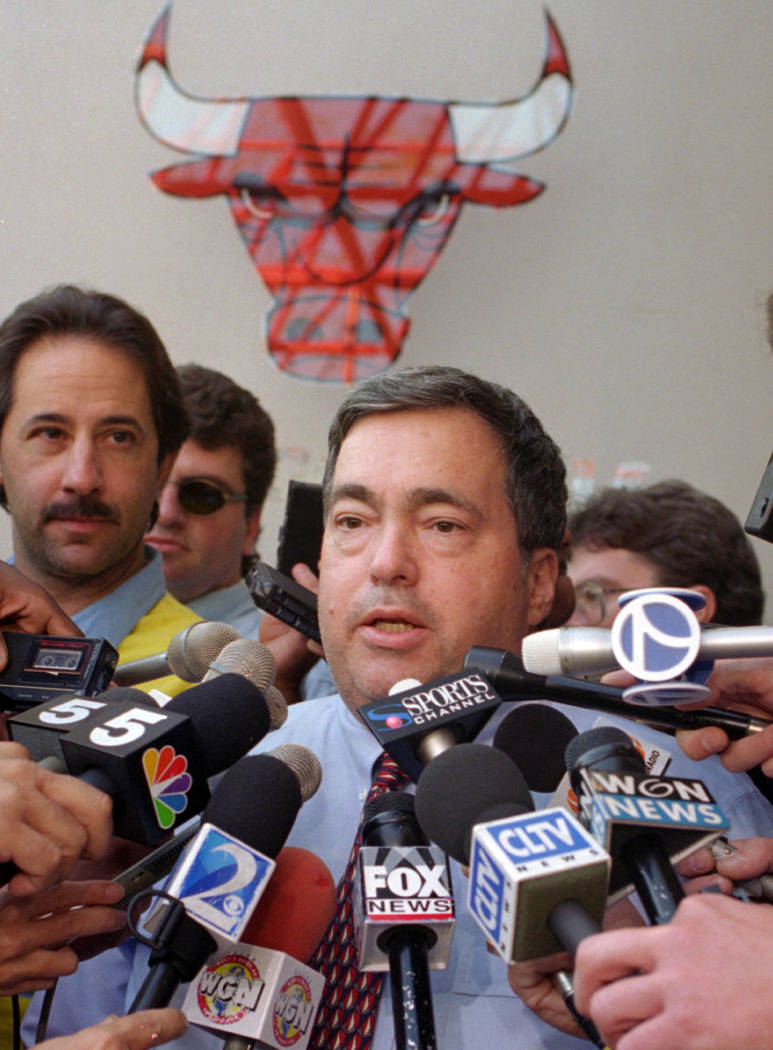FILE - In this Oct. 2, 1995, file photo, Chicago Bulls general manager Jerry Krause speaks to the media in Deerfield, Ill., about trading center Will Perdue for the flamboyant San Antonio Spurs' D ...