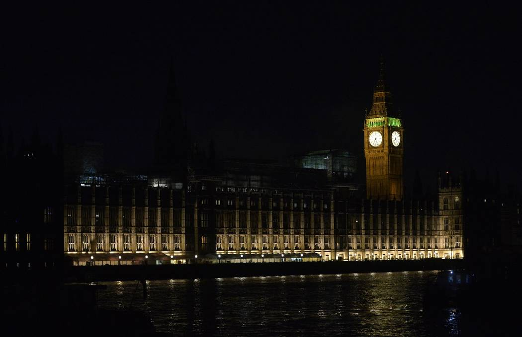 The Houses of Parliament are seen after dark following an attack on Westminster Bridge in London, Britain March 22, 2017. (Hannah McKay/Reuters)