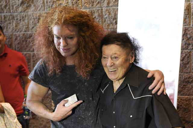 "Scott ""Carrot Top"" Thompson stands with comedian Marty Allen before the preview of the new Jerry Lewis film ""Max Rose"" on Saturday, Sept. 24, 2016, at Regal Village Square Cinemas in Las Vegas. (S ..."