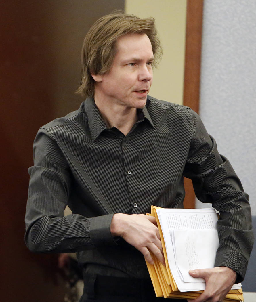Melvyn Sprowson, who represents himself in his kidnapping and child pornography trial, enters the courtroom at the Regional Justice Center on Friday, March 24, 2017, in Las Vegas. (Bizuayehu Tesfa ...