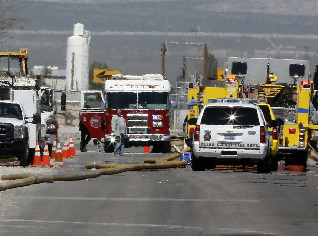 Clark County, Las Vegas and North Las Vegas fire departments responded to a mobile home fire at 2276 N. Christy Lane in northeast Las Vegas, Tuesday, March 28, 2017. (Bizuayehu Tesfaye/Las Vegas R ...
