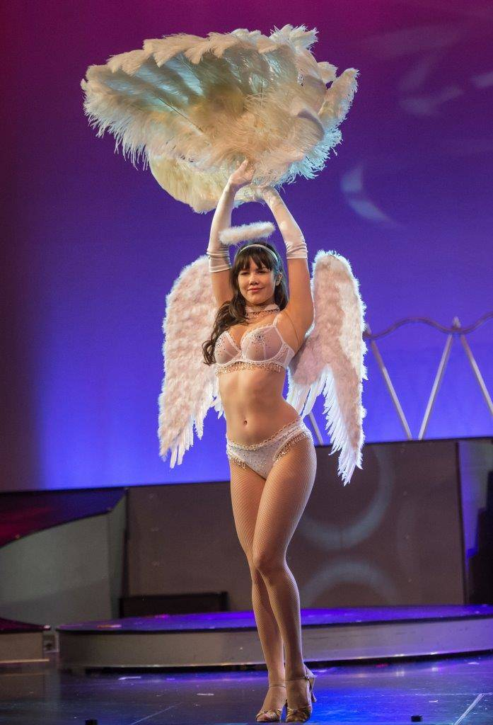 """The final performance of """"Pin Up,"""" starring Claire Sinclair, at The Stratosphere on Saturday, March 4, 2017, in Las Vegas. (Tom Donoghue)"""