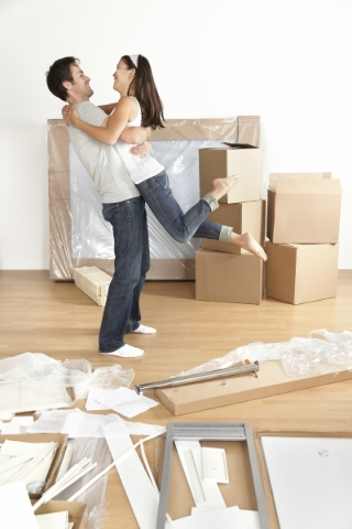 There are pros and cons to renting a single-family rental home or an apartment community. THINKSTOCK PHOTO
