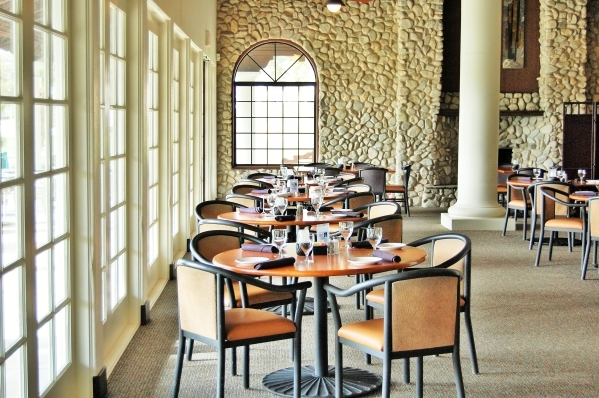By day, the Rockwall Grille at Painted Desert Golf Club serves breakfast and lunch seven days a week. By night, it becomes The Rock Wall for concerts and other entertainment. COURTESY