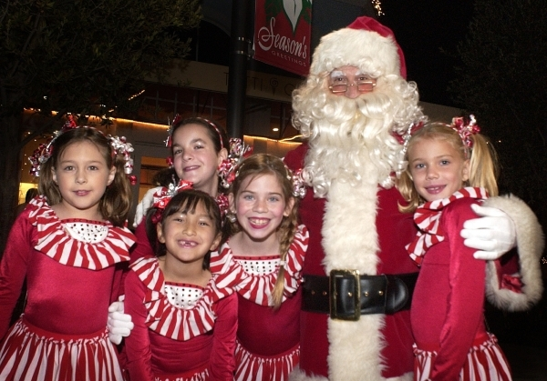 Santa will crusing the lake  Nov. 28 and Dec. 5, 12 and 19. COURTESY