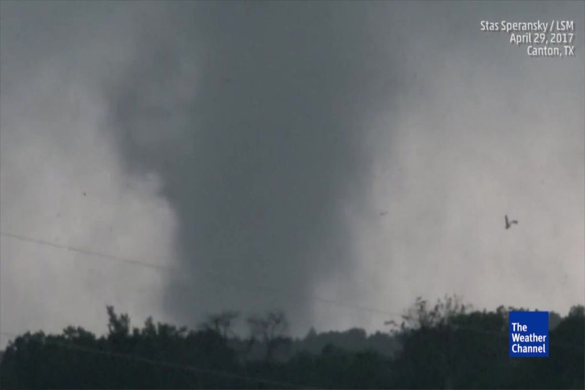 Tornadoes And Flooding Kill 9 In South Midwest Las