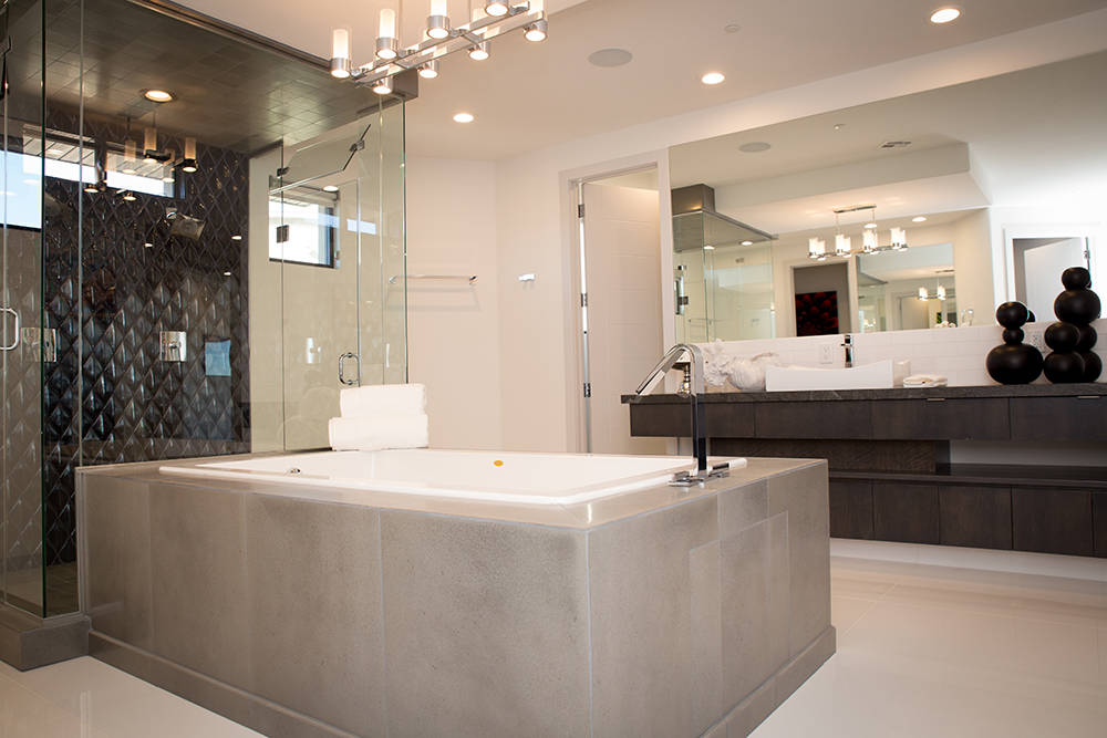 TONYA HARVEY/REAL ESTATE MILLIONS  Experts say the key to good staging is making sure everything is thoroughly clean.