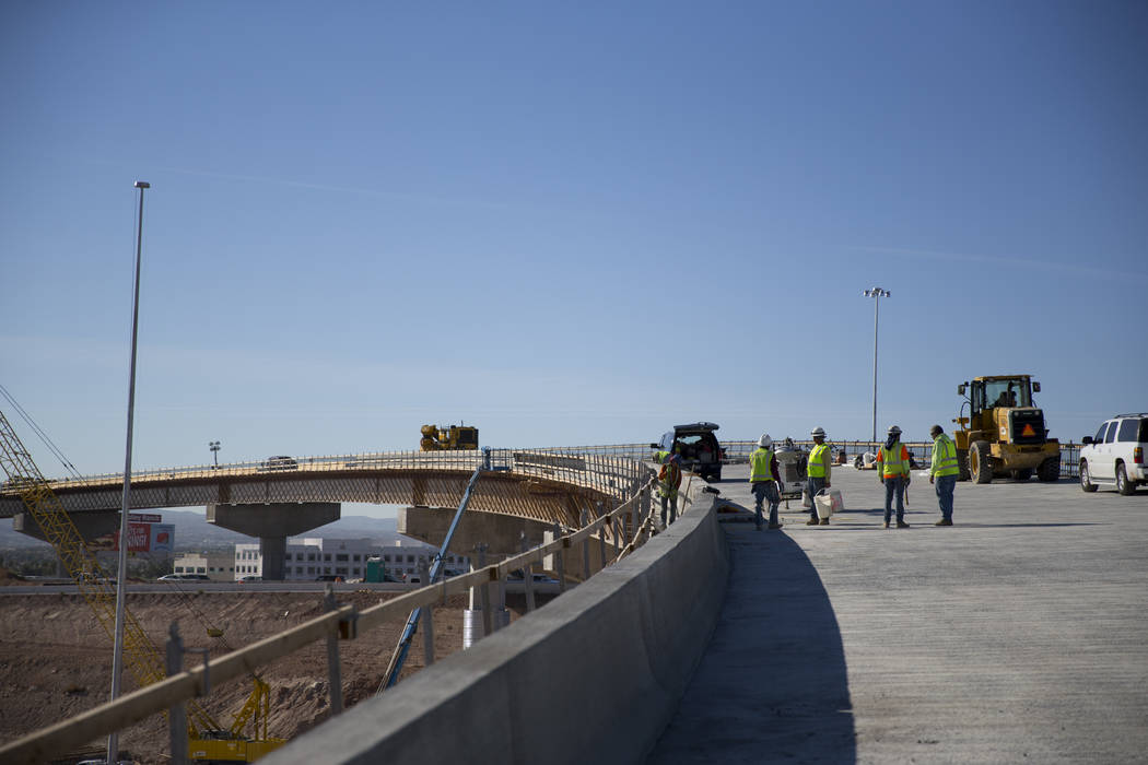 Crews work at the McCarran Airport Connector construction project on Thursday, March 16, 2017, in Las Vegas. (Erik Verduzco/Las Vegas Review-Journal) @Erik_Verduzco