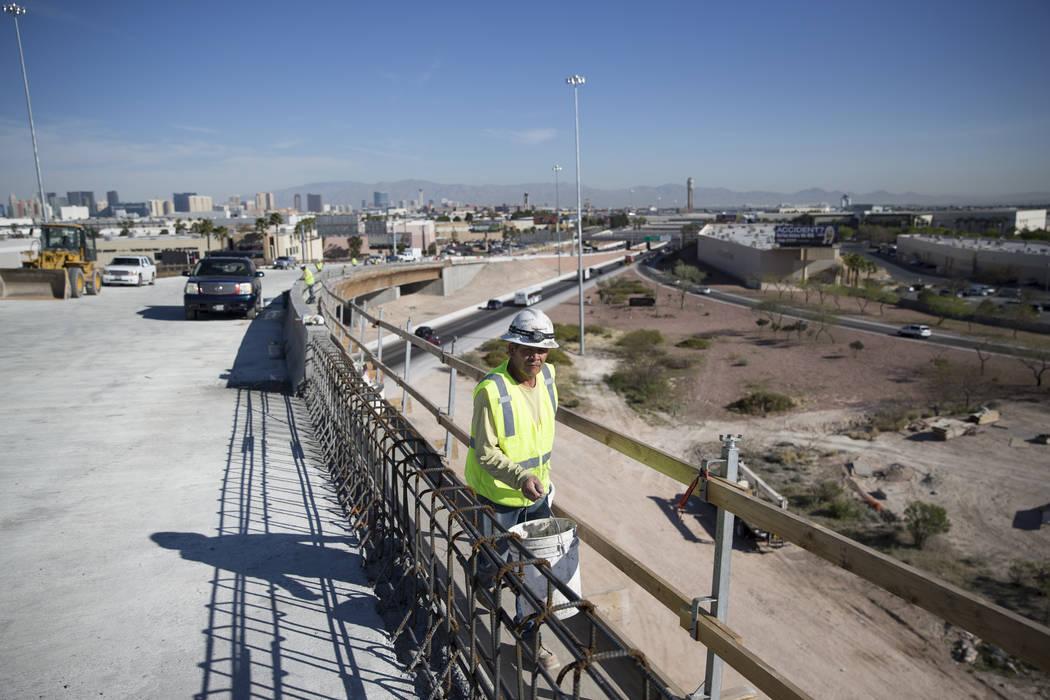 Construction worker Jesus Vasquez at the McCarran Airport Connector construction project on Thursday, March 16, 2017, in Las Vegas. (Erik Verduzco/Las Vegas Review-Journal) @Erik_Verduzco