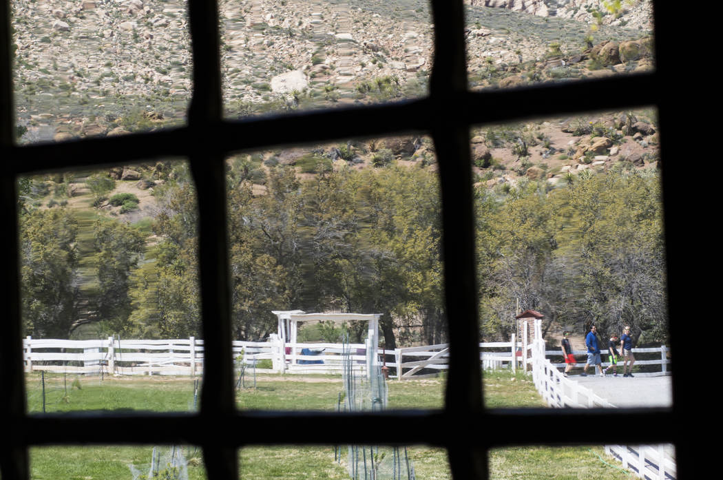 Visitors wander the grounds outside of the main ranch house during the Mojave Spring Fling Festival at Spring Mountain Ranch State Park on Saturday, April 1, 2017. (Miranda Alam/Las Vegas Review-J ...