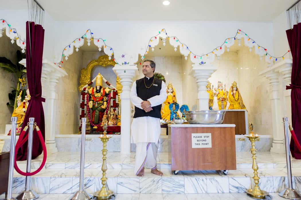 Priest Pandit Brijesh Raval at the Hindu Temple of Las Vegas in Las Vegas, Wednesday, March 29, 2017. (Elizabeth Brumley/Las Vegas Review-Journal) @EliPagePhoto