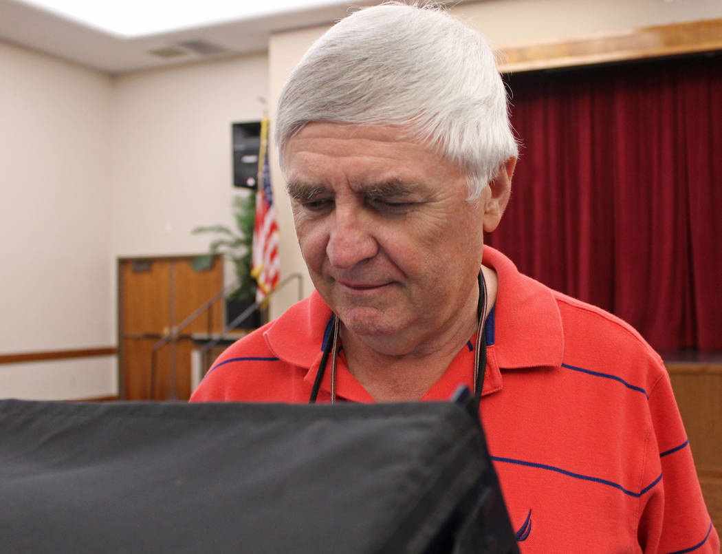 Mayoral candidate Rick Workman casts his ballot at the Sun City MacDonald Ranch for the Henderson municipal election, Tuesday, April 4, 2017. Gabriella Benavidez Las Vegas Review-Journal @gabbydeebee