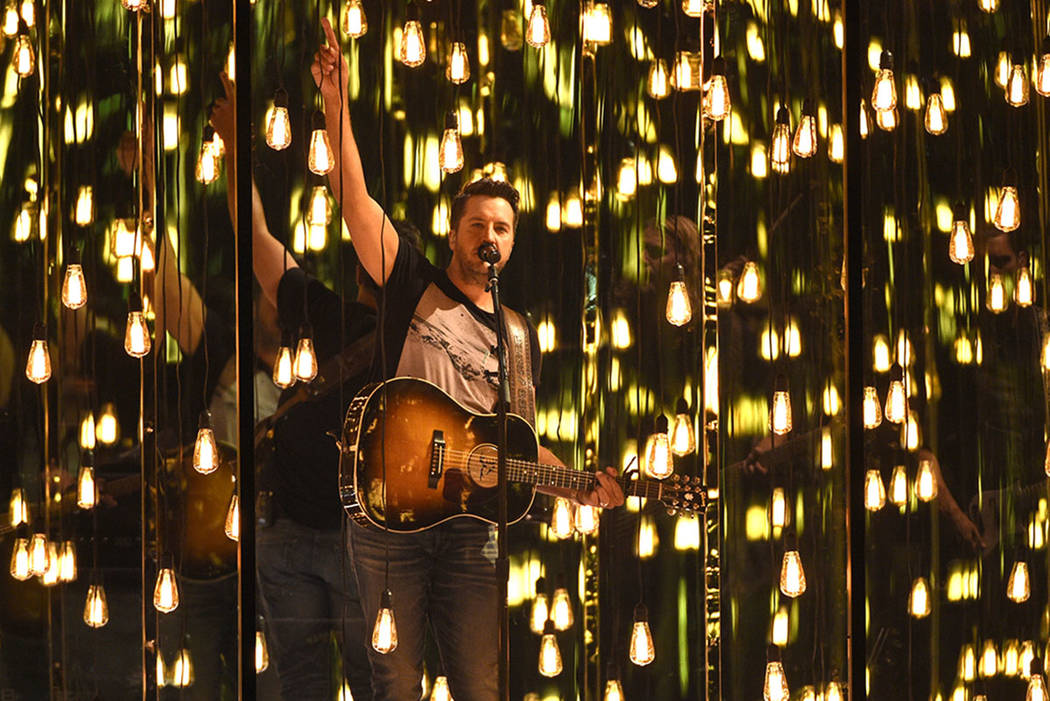 """Luke Bryan performs """"Fast"""" at the 52nd annual Academy of Country  Music Awards"""
