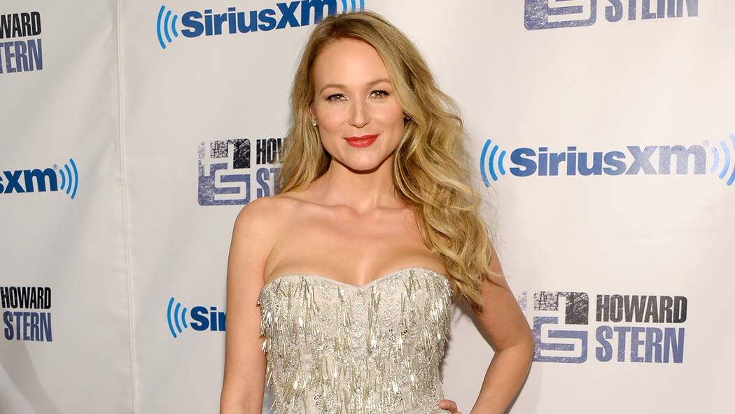 "Singer Jewel Kilcher attends ""Howard Stern's Birthday Bash"" presented by Sirius XM at Hammerstein Ballroom on Friday, Jan. 31, 2014, in New York. (Evan Agostini/Invision/AP)"