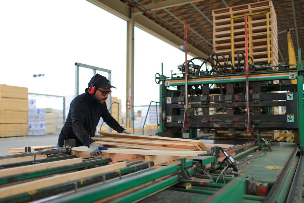 Oscar Garcia runs a machine that makes pallets at Power Pallets in North Las Vegas on Friday, April 7, 2017. (Brett Le Blanc Las Vegas Review-Journal) @bleblancphoto