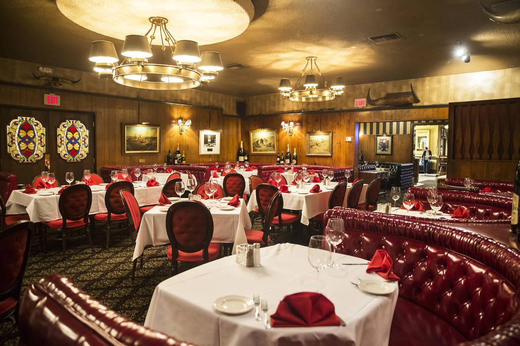 Old Vegas lives on at Golden Steer Steakhouse – Las Vegas Review ...