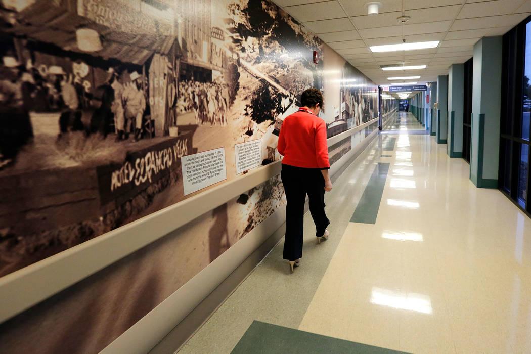 University Medical Center Chief Nursing Officer Debra Fox walks through the hallway at UMC in Las Vegas, Thursday, April 6, 2017. Chitose Suzuki Las Vegas Review-Journal @chitosephoto