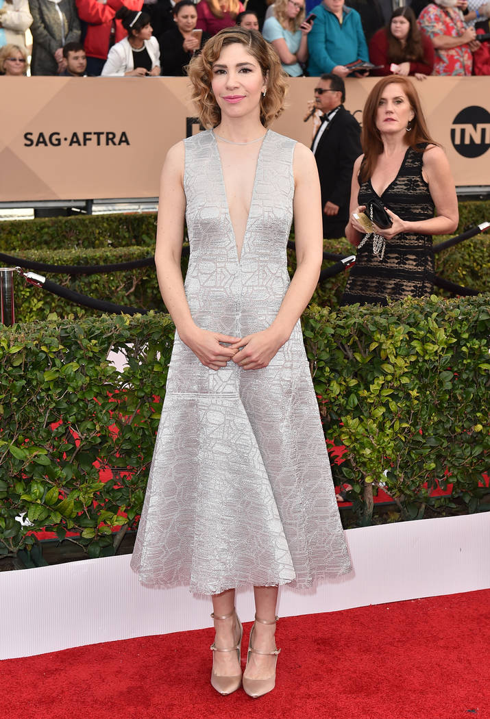 Carrie Brownstein arrives at the 22nd annual Screen Actors Guild Awards at the Shrine Auditorium & Expo Hall on Saturday, Jan. 30, 2016, in Los Angeles. (Jordan Strauss/Invision/AP)
