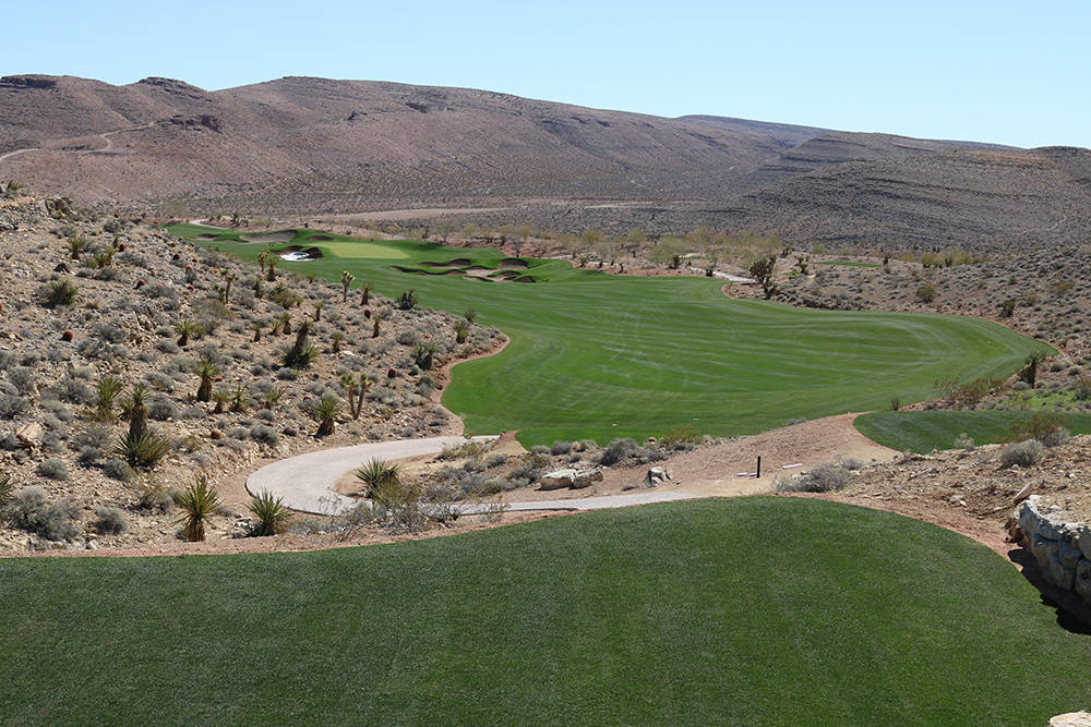 The Summit Club's Tom Fazio championship golf course is complete and ready to open in April. (Discovery Land)
