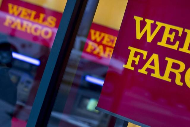 A Wells Fargo bank branch in Washington, D.C. (Andrew Harrer/Bloomberg)