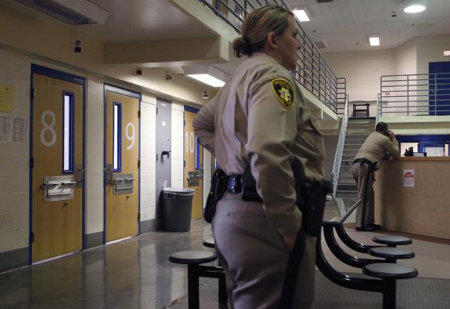 Officers inside the Clark County Detention Center where juvenile inmates are kept, Jan. 25, 2017, in Las Vegas. (Christian K. Lee/Las Vegas Review-Journal) @chrisklee_jpeg