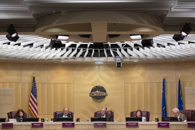 Henderson city council members meet on Tuesday, Feb. 7, 2017, at Henderson City Hall in Henderson. (Bridget Bennett/Las Vegas Review-Journal) @bridgetkb