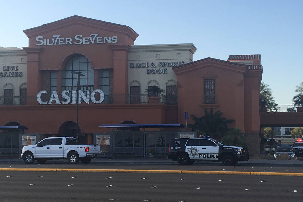 Resort security and Metro officers are keeping patrons away and guests away from the cooler, but there were no widespread hotel evacuations. (Bizuayehu Tesfaye Las Vegas Review Journal) @bizutesfaye