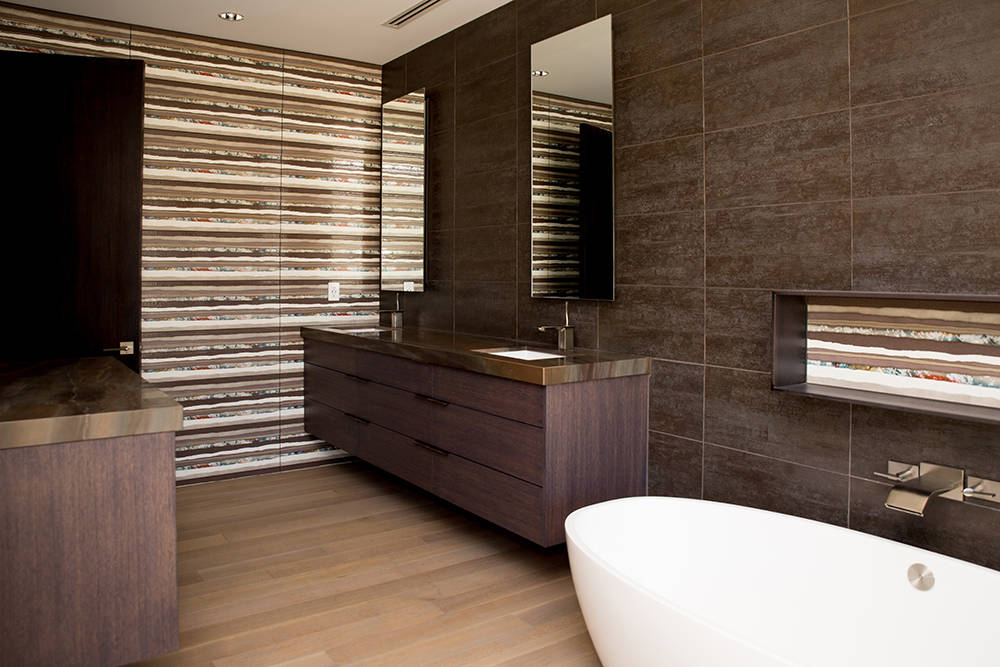 The master bath at 61 Arroyo Road home has a modern style. (Tonya Harvey Real Estate Millions)