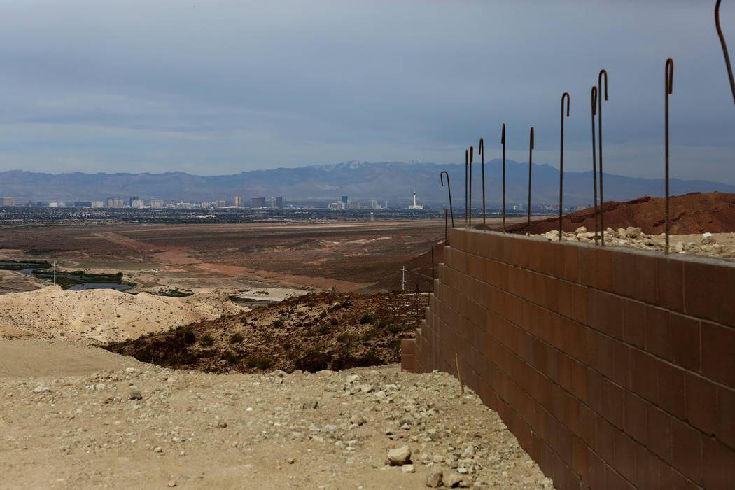 Home construction sites at The Peaks, a new development at Lake Las Vegas that features vistas of the Las Vegas Valley, on Monday, April 17, 2017. Michael Quine Las Vegas Review-Journal @Vegas88s