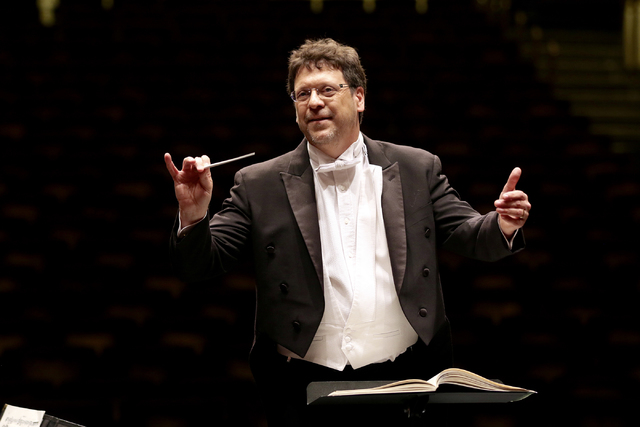 Music director Donato Cabrera conducts the Las Vegas Philharmonic, which announced its 2017-18 season on Friday. (Las Vegas Philharmonic)