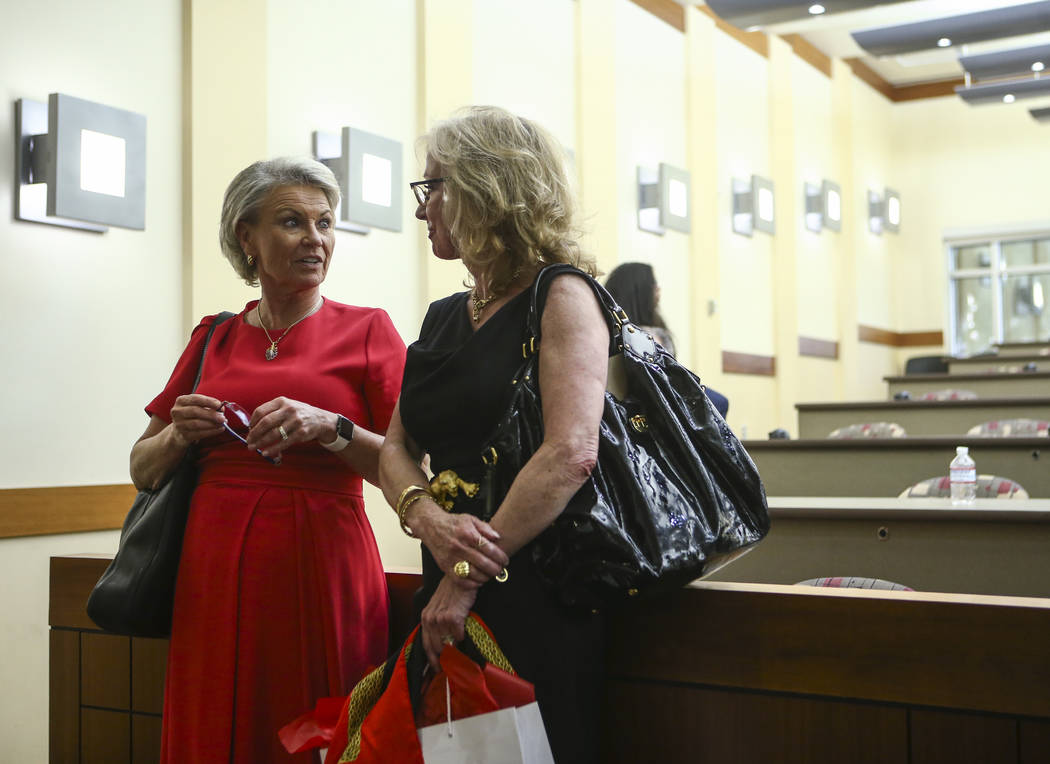 Former Las Vegas Mayor and Caesars Entertainment executive Jan Jones Blackhurst, right, talks with Pat Mulroy, former Southern Nevada Water Authority general manager, after giving the annual Rober ...