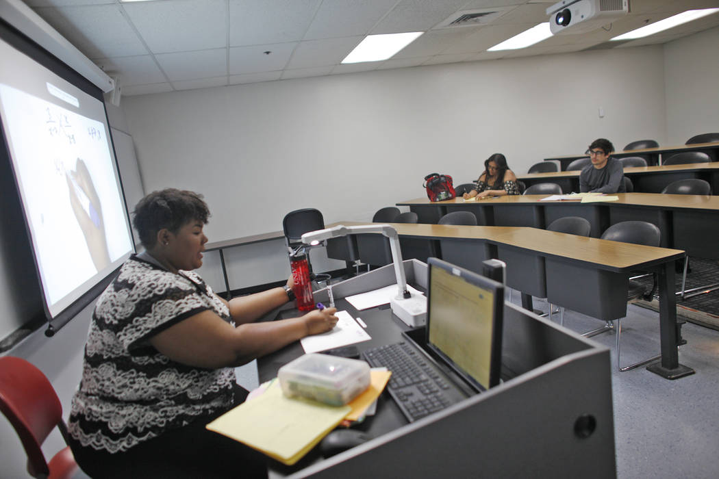 Chyna Miller teaches a remedial math class on Thursday, April 20, 2017, at UNLV in Las Vegas. Usually about 12 students attend. Rachel Aston Las Vegas Review-Journal @rookie__rae