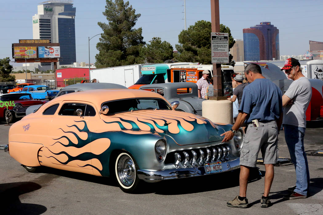 Viva Las Vegas Rockabilly Weekender Sees Its Biggest Car Show Yet - Car show las vegas