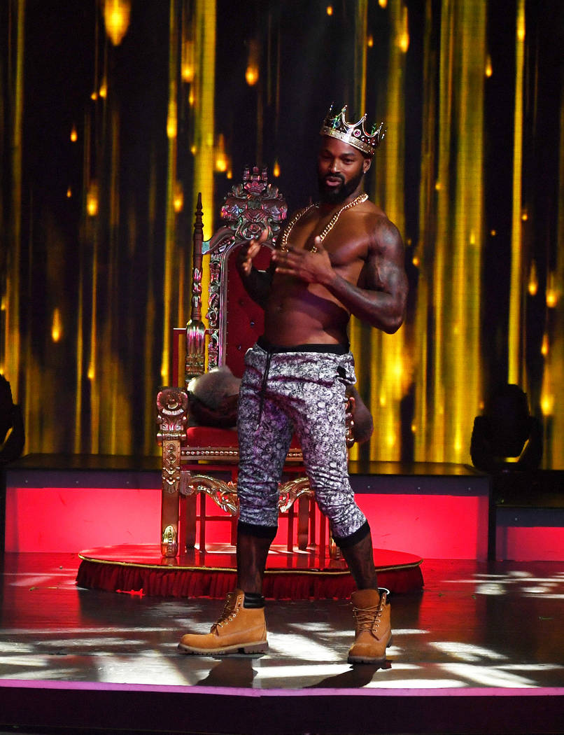 Review: Tyson Beckford returns to revamped Chippendales ...