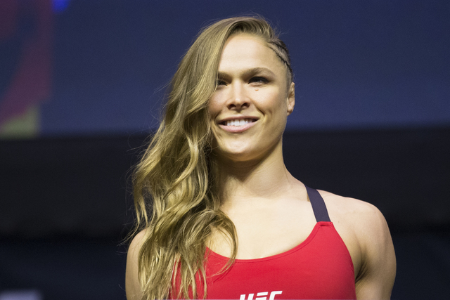 Ronda Rousey Engaged To Ufc Heavyweight Travis Browne
