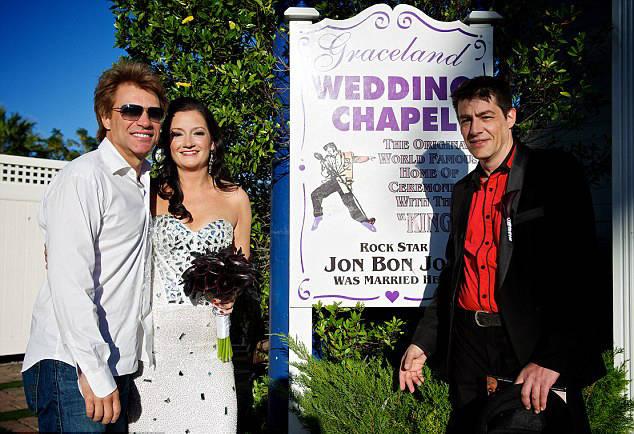 Jon Bon Jovi Branka Delic And Her Groom At Graceland Wedding Chapel In Las Vegas