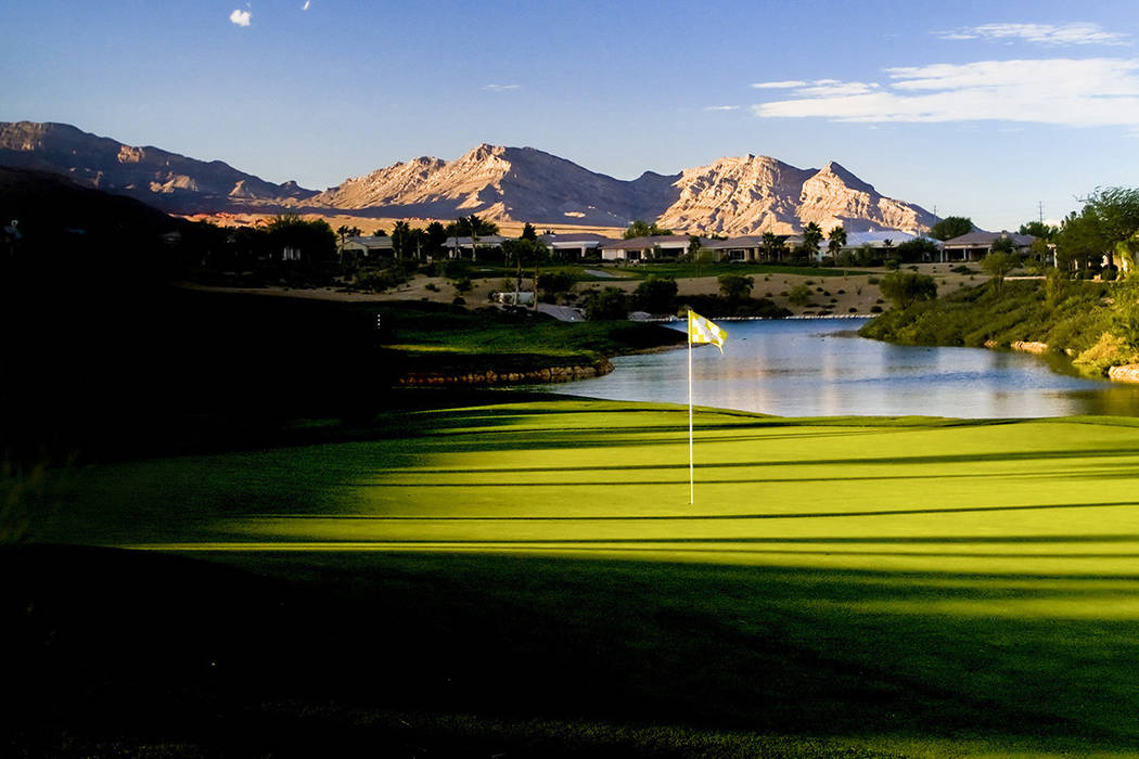 The par-4 ninth hole at Siena Golf Club in Las Vegas. (Allan Henry, Golf Chronicles/Special to View)