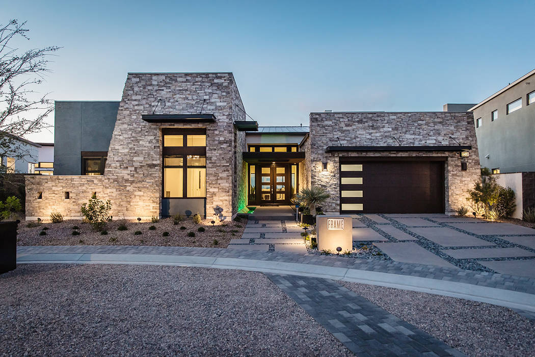 Pardee builds next level modern community las vegas for Pictures of new homes