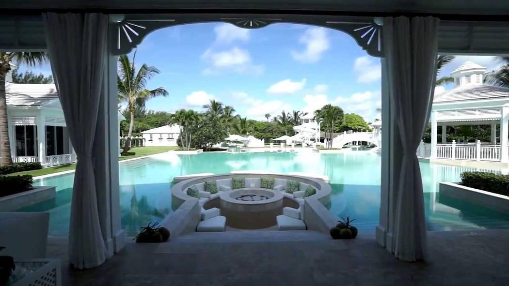 The home of Celine Dion in Jupiter, Florida.