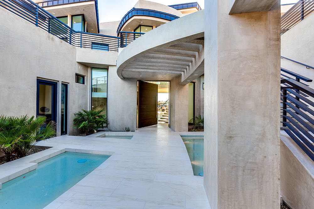 The entrance. (Growth Luxury Homes)