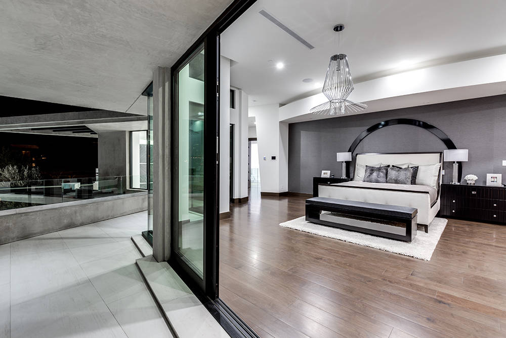Master bedroom. (Growth Luxury Homes)