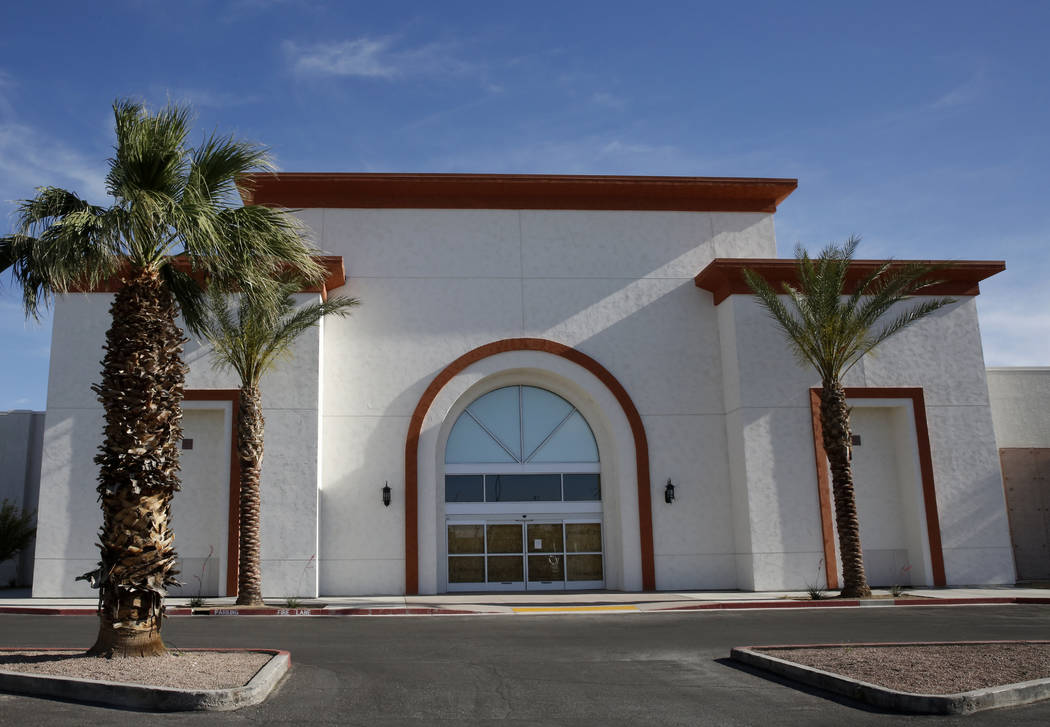 An empty building next to Conn's furniture at Fiesta Plaza on 2201 Civic Drive on Thursday, April 27, 2017, in North Las Vegas. La Bonita supermarket will move into the building next to Conn's fur ...