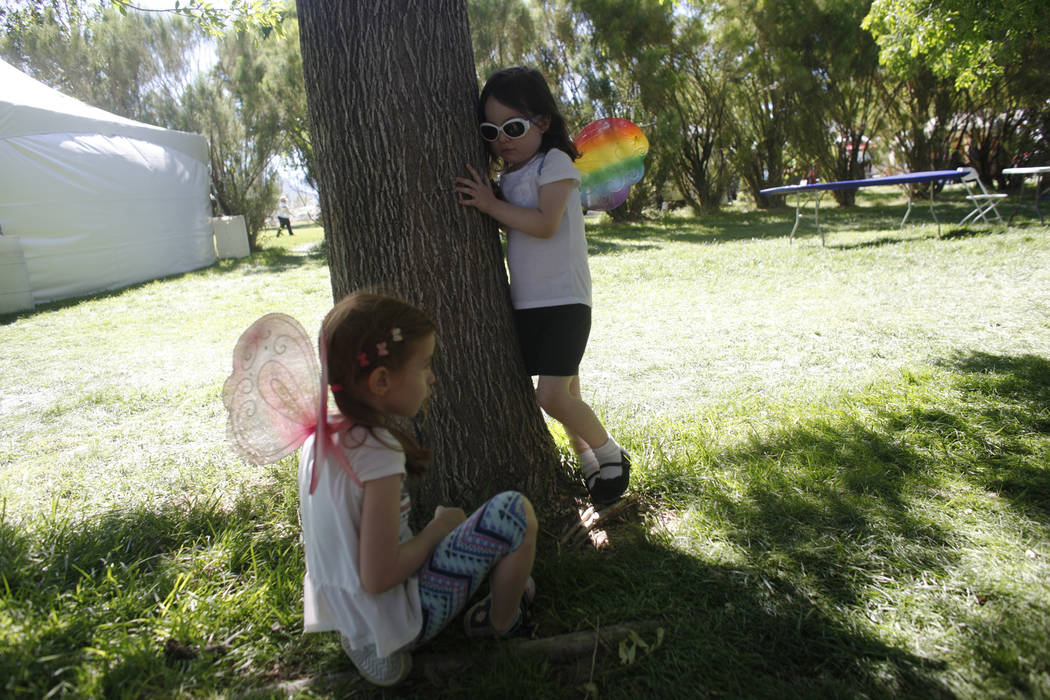 Emilee Brouwers, 5, from left, plays with Violet Heart, 4, at the Las Vegas Highland Games on Sunday, April 30, 2017, at Floyd Lamb Park in Las Vegas. Rachel Aston Las Vegas Review-Journal @rookie ...